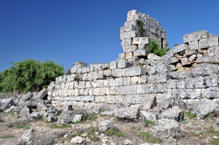 Mury obronne w Perge