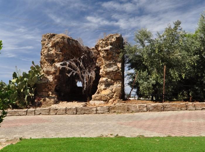 Budowla przy karawanseraju Şarapsa Han