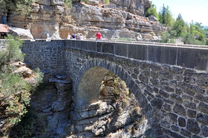 Most rzymski nad rzeką Eurymedon w okolicy Selge