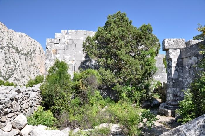 Świątynia przy buleuterionie, najprawdopodobniej dedykowana Zeusowi