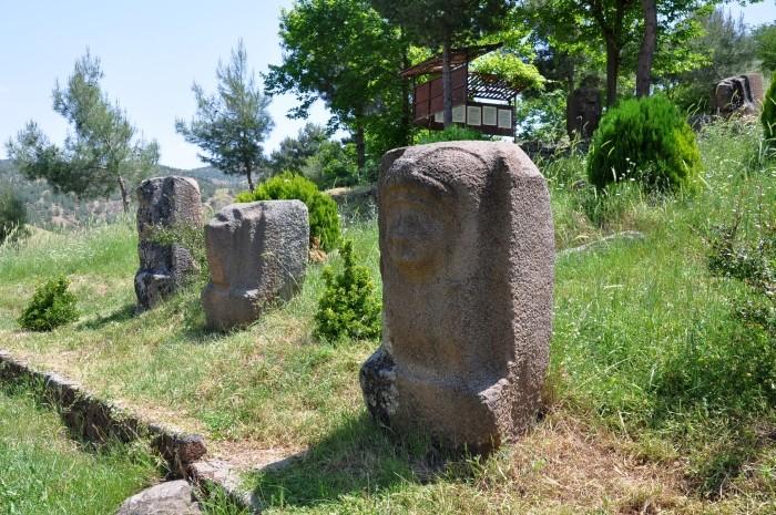 Hetycki kamieniołom i warsztat rzeźbiarski w Yesemek